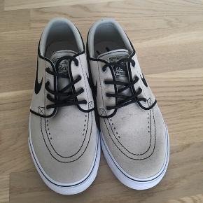 Nike sko, model Stefan Janoski. Str 36,5, brugt 1 gang.