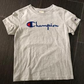 Flot Champion bluse brugt få gange 😀 Nypris 349