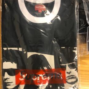 Supreme x The Velvet Underground Ringer Tee  DS i plastikpose