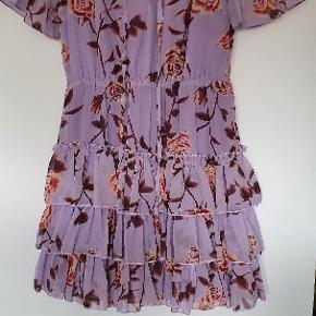 IVIVI kjole