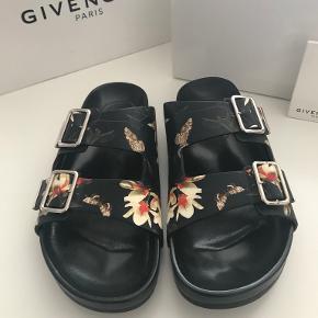 Givenchy sandaler