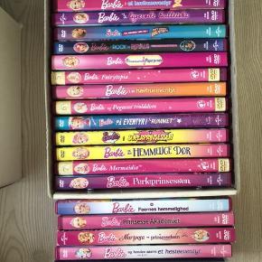 Barbie dvd film samt Askepot.  MP pr stk 35.-