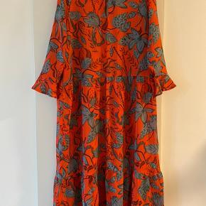Meget smuk kjole fra Nümph