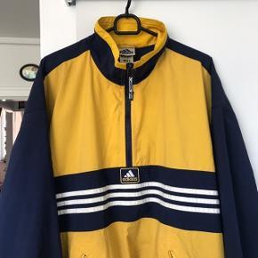 Super fed vintage sommer/forårs jakke fra Adidas i str. LARGE.
