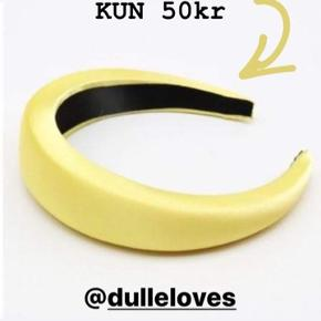 DE SMUKKE POPULÆRE SATINBØJLER ☀️ KUN 50 pr stk  SWIPE 👉 Porto fra kun 20kr💌 SKRIV👉 en PB eller herunder, hvis du er interesseret.. 😍 GO SPREAD SOME LOVE ❤️🚀 #haircandy 🦋 #hairfashion #hairclaw  #liveauthentic ✌️#sweetlittleme #hair #hairpieces #hårklemmer #dulleloves #hårspænder #hairclip #scrunchie #makelove🚀 #love  #hairbuns #accessories #hårklemmer #hårclips #hårspænder #hår #hårpynt  #hårbøjle  #hårbøjlemedknude #behappy #beauty #beautiful #golightly #smile #livetolove #spreadlove ❤️🚀