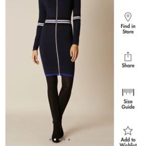 Karen Millen kjole i super fint strik stof og med lynlås!