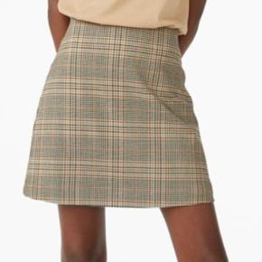Super fin monki nederdel brugt en enkelt gang