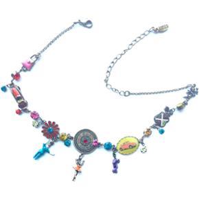 Pilgrim halskæde  Flot stand og brug få gange.  London-tema