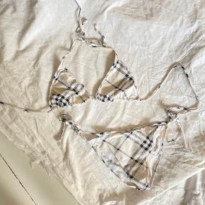 Burberry badetøj & beachwear