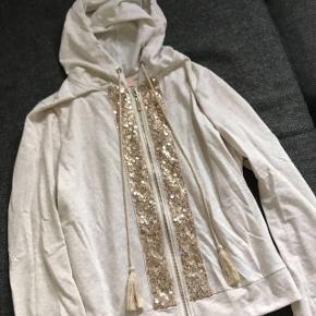 Buch trøje str. M (passes også af en small) Næsten ikke brugt