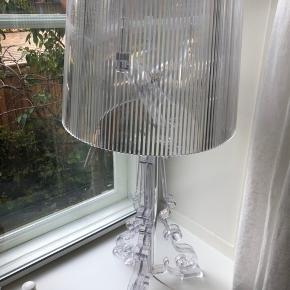 Kartell Bourgie lampe i transparent. Ikke ryger hjem. God stand
