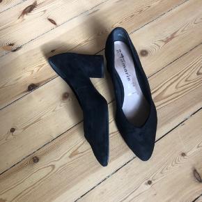 Super flotte sko, brugt en enkelt gang.