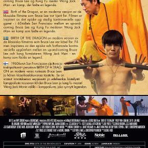 0347 - Birth of the Dragon (DVD)  Dansk Tekst - I FOLIE    Birth of the Dragon Vi har allerede fået en definitive film om legenden Bruce Lee i Dragon: The Bruce Lee Story. Denne film har et mere smalt fokus og blander fiktion med virkelig-hedens verden. Filmen er inspireret af et episk og stadig kontroversielt opgør i 60'ernes San Francisco. På den ende side den populære og folkelige Bruce Lee. På den anden side den reserverede Kung Fu mester Wong Jack Man, der afskyr Bruce Lees metoder og det, at han åbnede Kung Fu'ens verden op for fremmede.  Instruktøren George Nolfi lavede tidligere den fremragende Philip K. Dick filmatisering The Adjustment Bureau.