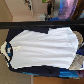 Brand: meng jiao Varetype: trøje Størrelse: XXL Farve: hvid  30 kr er over mobile pay. Ellers bliver der lagt ts gebyr på. 1 del 30 kr. 4 dele 100 kr.