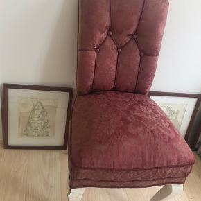 """Sælger min fine gamle """"kongestol"""". Købt antikt. Skal afhentes i Nyhavn :-)"""