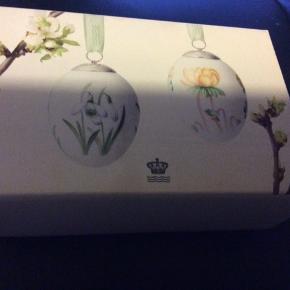 Royal æg i originalæske med rede og bånd —et samler objekt -   2016 VINTERGÆK/ERANTIS (1249 965). Mål 6 cm Sender + porto