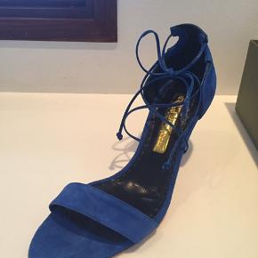 Rupee Sanderson. Smukke blå sandaler.i original æske med dustbag. Nypris 4700 Str. 37,5
