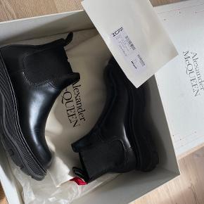 Alexander McQueen støvler