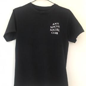 God stand Str S Rigtigt flot t-shirt. Prisen er 399;-