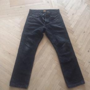 Indigofera , gunpowder , Buck , selvage jeans  31 liv klippet af og syet op så de passer 31 længde
