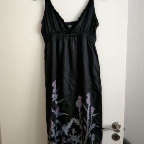 Edun kjole