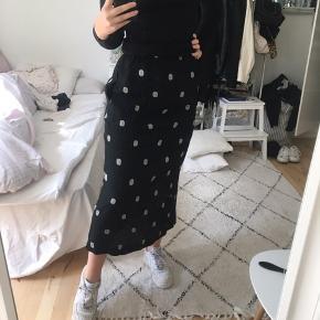 Fin lang nederdel