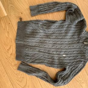 Super lækker sweaters med lynlås Nypris 2100 kr. MP 500 kr.