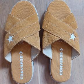 Converse Sandaler