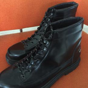 Sorte læder Connor boots fra Wood Woods AW18 kollektion. Fitter 45,5
