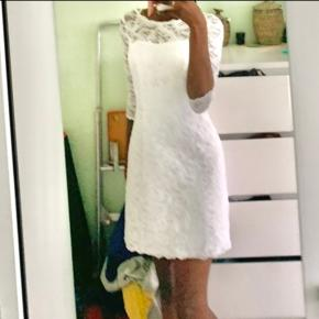 Brudedesign kjole