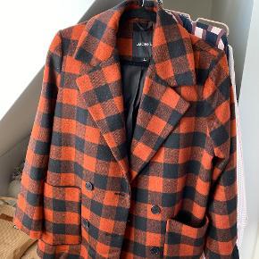 monki jakke ikke brugt 200kr inkl fragt -Fra næstved