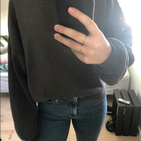 Næsten som ny. Super dejlig oversized sweater.