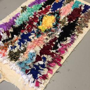 100x62 cm Boucherouite tæppe fra Marokko