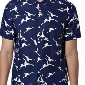 Varetype: skjorte NY Farve: Se billede Oprindelig købspris: 650 kr.   Super lækker kvalitetsskjorte.
