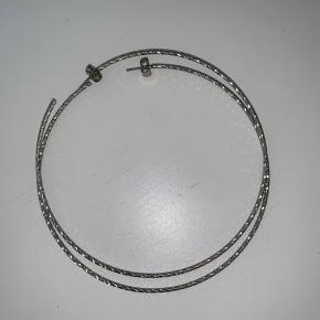 Hobbs fra pilgrim med riller i. Diameter 8.5 cm
