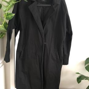 RESERVED frakke