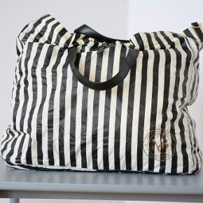Rigtig fin malene Birger taske, perfekt til weekend ture eller som skoletaske