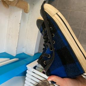 Limited edition converse i str 39
