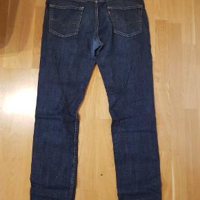 Super fine levis bukser, god stand, dog brugt Tager imod bud...
