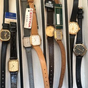 Jeg sælger ud af min ubrugte ursamling. Urene er alle købt i ren interesse for ure og nogle har endda stadig prismærke på. Nyprisen for urene ligger alle omkring de 2000 ifølge prismærkerne, men 2000 for 20 år siden er selfølgelig noget andet end nu. Mærker som Certina, Glycine, Tissot, Seiko, Eterna Matic mm. Spørg endelig efter flere billeder. Sælges både samlet og hver for sig😁