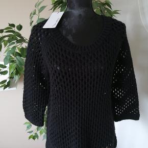 Friendtex sweater