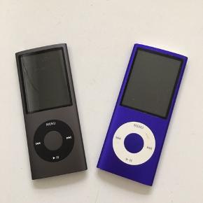 2 stk iPods begge på 8 GB , der følger ikk noget med. Smid et bud:)