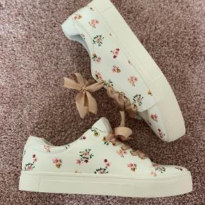 H&M sneakers