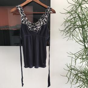 Super fin Abercrombie top  Fitter str xs/s  Fejler intet  Mp 80kr