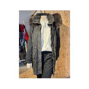 Iq + Berlin frakke