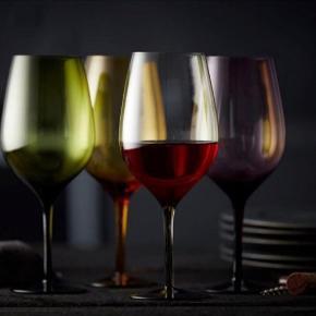 Multifarvet rødvinsglas fra Lyngby. Aldrig brugt!