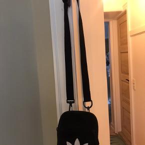 Adidas taske