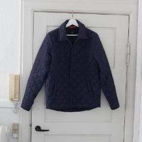 Lækker jakke fra Mads Nørregaard i størrelse S. Byd gerne :)