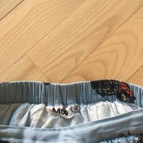 Fin nederdel fra Molo. Brugt få gange.