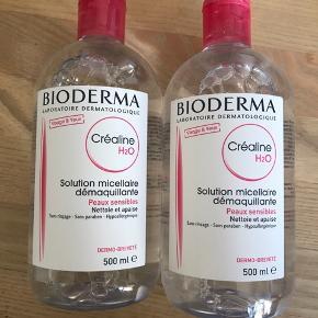 Prisen er for begge flasker:) Helt nye og uåbnede Bioderma makeupfjerner / rensevand. 500 ml i hver. Holdbarhed til juli 2021.  Kan afhentes på Østerbro i København, men jeg sender også gerne.  Skriv gerne på 20835699 ved interesse:) Prisen er fast.